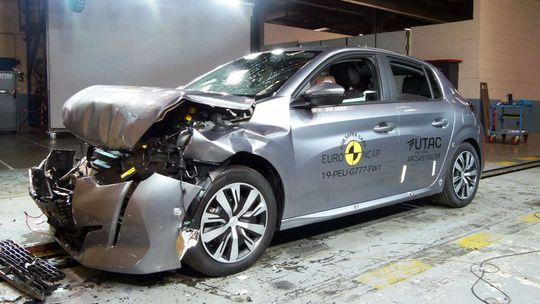 Euro NCAP: Peugeot 208 a Jeep Cherokee prišli o hviezdičku. Prečo?