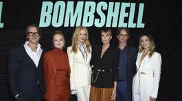 Charles Randolph, Liv Hewson, herečky Nicole Kidman a Charlize Theron, režisér Jay Roach a herečka Margot Robbie