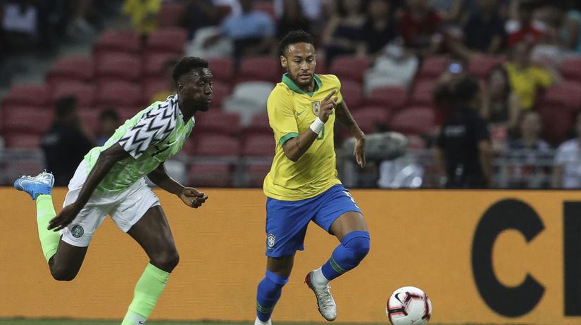 Singapur Futbal prípravný Brazília Nigéria