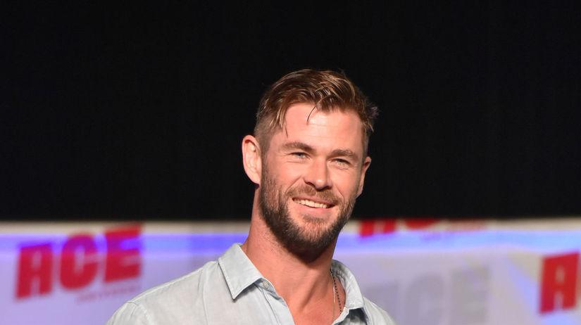 Herec Chris Hemsworth na akcii Ace Comic-Con.
