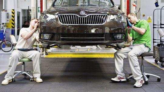 VW: Turecká továreň pre Superb a Passat možno nebude. Na vine je Erdogan