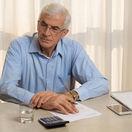 dôchodca, práca, kancelária