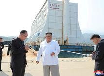 Kim Čong-un / KĽDR / Kumgang /