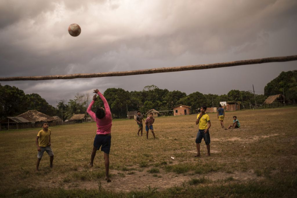 Brazília, Amazónia, futbal, chlapci
