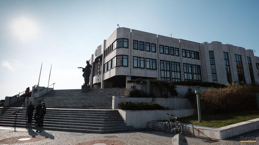 parlament budova sídlo NRSR