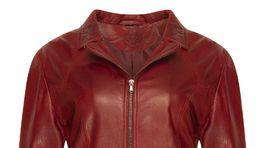 Dámska kožená bunda Kara, predáva sa za 260 eur.