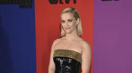 Herečka Reese Witherspoon v kreácii Celine by Hedi Slimane.