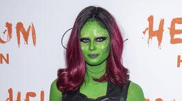 Topmodelka Taylor Hill na halloweenskej párty modelky a televíznej osobnosti Heidi Klumovej v New Yorku.