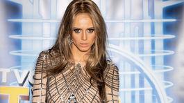 Modelka Saša Gachulincová ako Jennifer Lopez v šou Tvoja tvár znie povedome.
