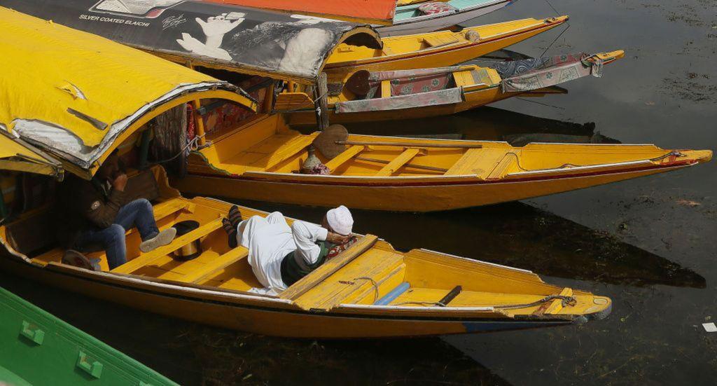 India, Kašmír, lode, člny, odpočinok, siesta