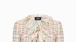 Elegantné sako s ozdobnými strapcovým lemovaním. Predáva Elisabetta Franchi za 1059 eur.