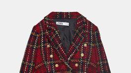 Kárované sako z buklé z dielne Zara. Predáva sa za 69,95 eura.