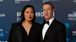 Mark Zuckerberg z Facebooku a jeho manželka Priscilla Chan.