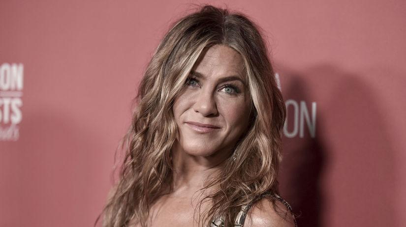 Herečka Jennifer Aniston bola hviezdnou ozdobou...