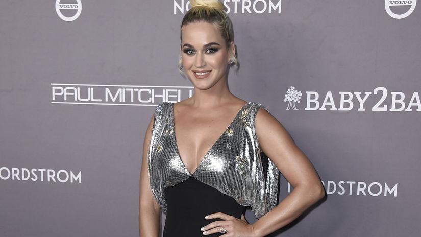 Speváčka Katy Perry dorazila na akciu v kreácii...