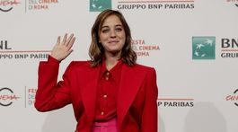 Herečka Beatrice Granno v jej color-blockingovej kombinácii na filmovom festivale v Ríme.