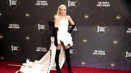 Speváčka Gwen Stefani pózuje fotografom.