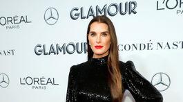Herečka Brooke Shields bola na vyhlásení cien Glamour neprehliadnuteľná. Tipovali by ste jej 54 rokov?