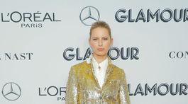 Modelka Karolína Kurková na vyhlásení cien magazínu Glamour.