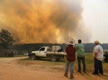 Austrália lesné požiare dym