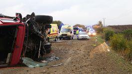 dopravná nehoda Nitrianske Hrnčiarovce nákladné auto hasiči polícia záchranári