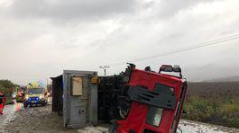 nehoda kamión nákladné auto Malanta sanitka