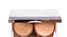 Multifunkčná rozjasňujúca paletka s bronzovými tónmi. Predáva Dermacol za 19,19 eura.