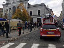 polícia hasiči požiar Stará tržnica bratislava
