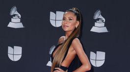Speváčka Cami bola druhá najodhalenejšia dáma na červenom koberci Latin Grammy Awards.