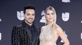 Spevák Luis Fonsi a jeho partnerka Agueda Lopez.