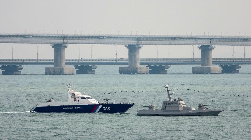 lode, more, ukrajina, krym, kerčský prieliv,...