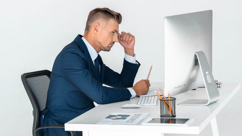 rozmýšľanie, práca, kancelária, muž