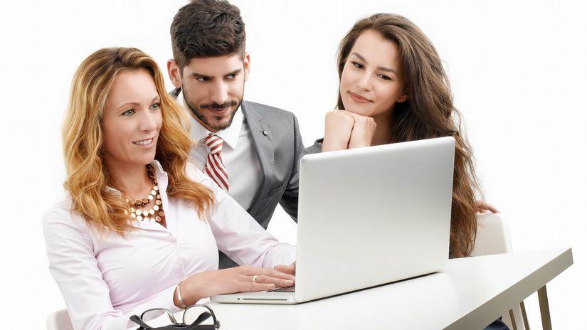 ženy, muž, notebook, záujem