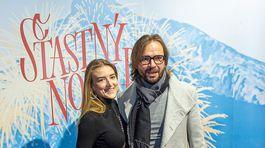 Režisér a choreograf Ján Ďurovčík a jeho manželka Barbora Hlinková na premiére filmu Šťastný nový rok.