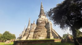 Záber na časť monumentu Wat Phra Si Sanphet.