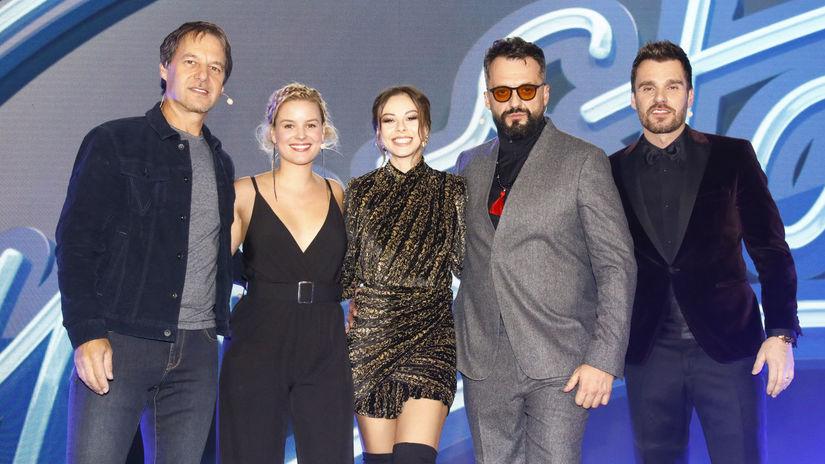 zľava: Pavol Habera, Patrície Pagáčová, Monika...