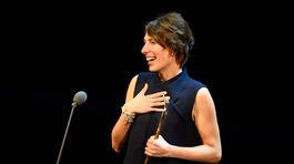 Ocenená Mira Keratová počas ďakovnej reči.