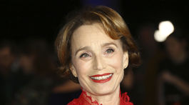 Herečka Kristin Scott Thomas pózuje na cenách British Independent Film Awards v Londýne.