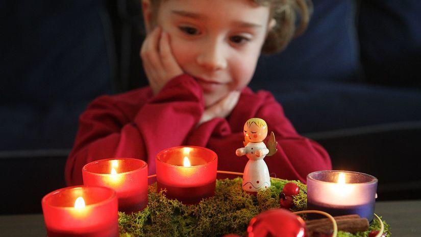 zlata nedela , adventny veniec , vianoce ,...