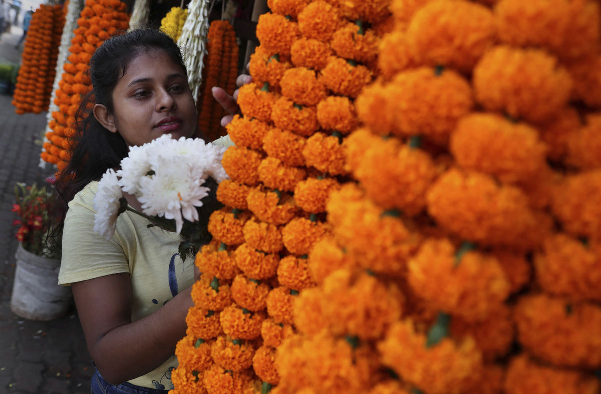 India, kvety, trh, hinduisti