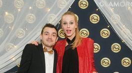 Modelka Alexandra Gachulincová a herec Dávid Hartl.