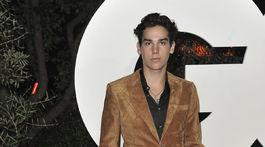 Model Paris Brosnan, syn známeho herca Pierca Brosnana, na galavečere magazínu GQ.
