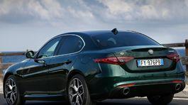 Alfa Romeo-Giulia-2020-1024-04