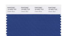 Spoločnosť Pantone odhalila odtieň farby roka na rok 2020. Je to klasická modrá.