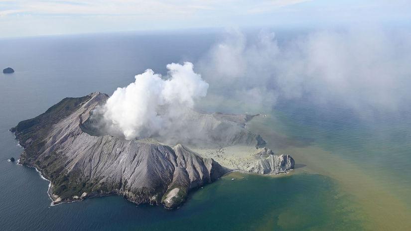 Nový Zéland vulkán erupcia turisti nezvestní