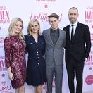Herečka Reese Witherspoon (druhá zľava) vzala na akciu celú svoju rodinu - zľava: dcéra Ava Phillippe, syn Deacon Phillippe a manžel Jim Toth.