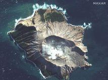New Zealand Volcsano Erupts