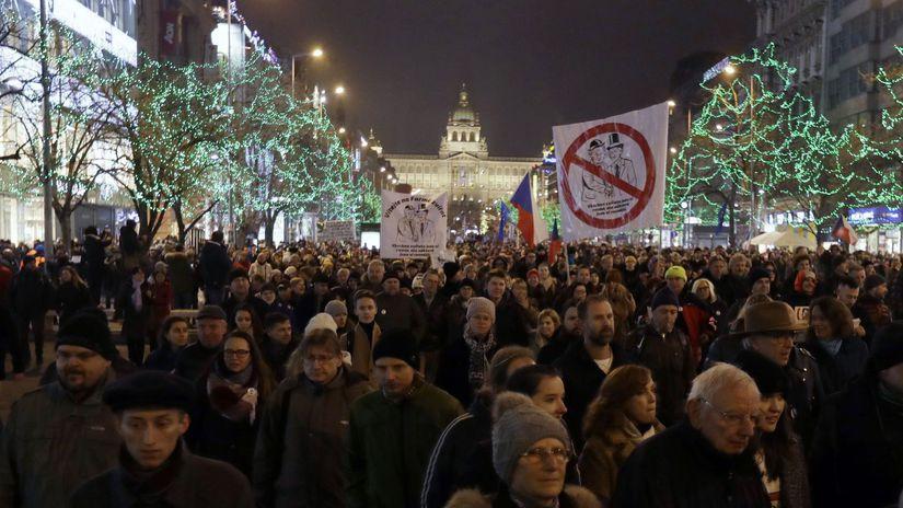 ČR Praha vláda premiér Babiš demonštrícia...