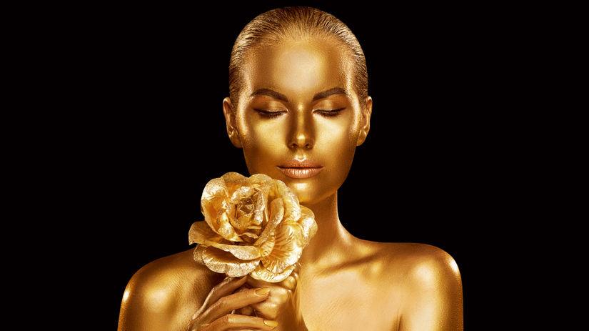 Zlatý prášok sa v kozmetike používa už...