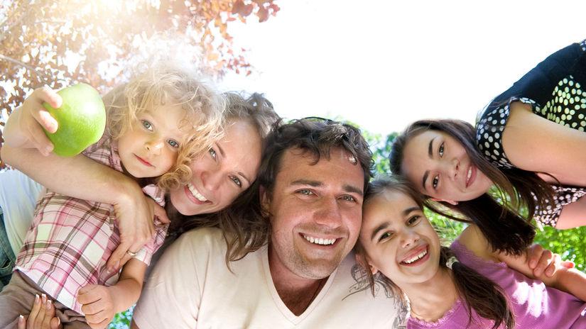 rodina, jeseň, úsmev